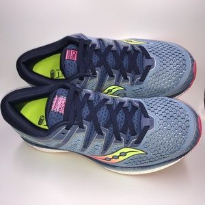 Saucony Triumph ISO 5 Womens 8.5 Med. Running Shoe